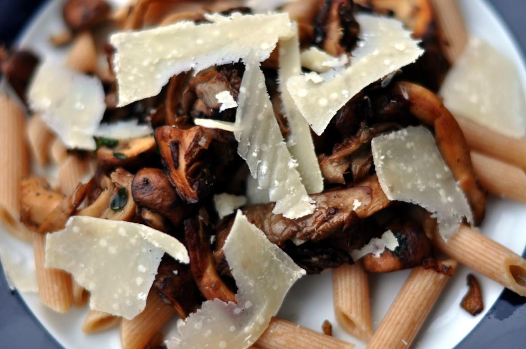 Ciuperci la grătar cu parmezan